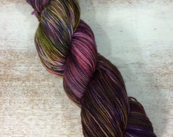 Hand Dyed Yarn - Fingering Sock Yarn- plum Violet Purple pin Olive - speckles-203