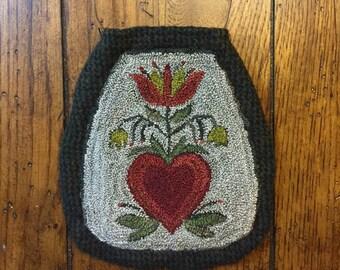 Mailed Paper Pattern PN252 Heart Tulip Fraktur Pocket Punch Needle