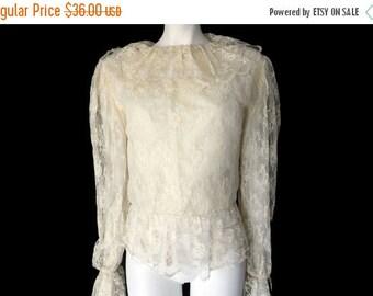 Summer Sale Vintage 70s Romantic Cream Lace Blouse// Boho Ladies Lace Sheer Shirt // Size S // 144
