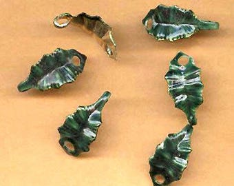 vintage HOLLY LEAVES brass and enamel connector holly leaf TEN cool connectors