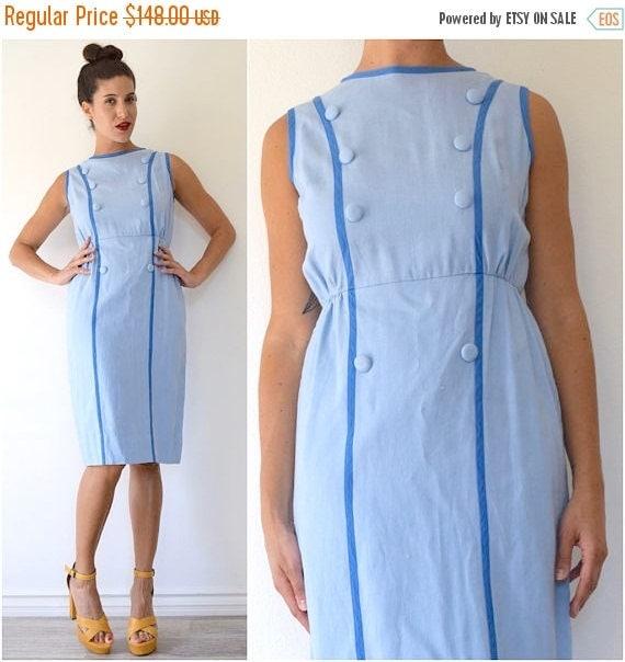 SUMMER SALE / 20% off Vintage 60s Mail Call Baby Blue Linen Faux Double Breasted Bodice Hourglass Silhouette Wiggle Dress (size medium)