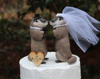 Groundhog Cake Topper, Animal-Bride-Groom-Groundhog-Wedding-Wildlife-Funny-Unique-Sweet-Rustic-New-Cake-Mr-Mrs-Woodchuck-Whistlepig