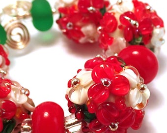 Tannenbaum Gilded Ivory Floral Bead Set