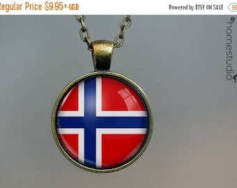 ON SALE - Norway Flag : Glass Dome Necklace, Pendant or Keychain Key Ring. Gift Present metal round art photo jewelry by HomeStudio