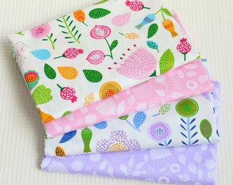 4711 - Colorful Flower Cotton Fabric - 62 Inch (Width) x 1/2 Yard (Length)