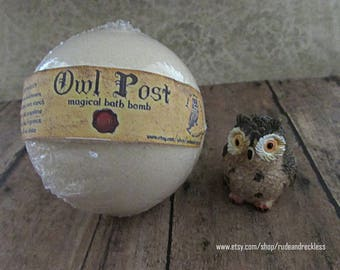 Harry Potter inspired Owl Post bath bomb