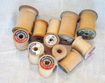 Wooden Spools, Set of 12, Vintage Thread Spools for Crafts, Collecting, Wreath Making, Ornaments, Jewelry, Ribbon, Washi Tape, Kids' Crafts