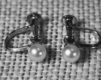 Vintage Sterling Silver Marked S Petite Screw Back Earrings with Real Pearls