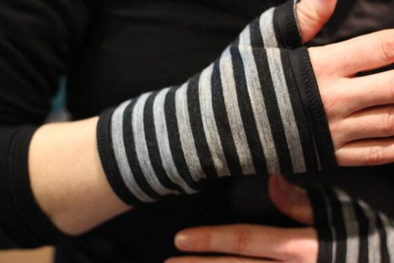 Short glove/cuff stripe gray and black cotton Jersey
