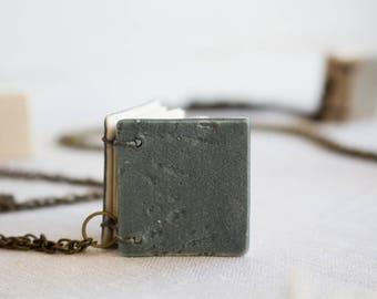 Booklace Pendant