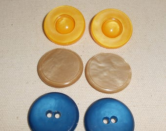 Vintage Plastic Buttons, Vintage Yellow Buttons, Vintage Blue Buttons, Vintage Tan Buttons, Vintage Sewing Supplies
