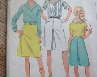 Vintage Simplicity Culottes Skirt and Blouse Pattern Womens