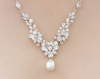 Freshwater pearl and Crystal Bridal Pendant Necklace, Sweetheart Wedding Necklace