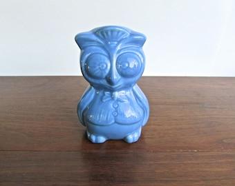 Large Vintage Owl Shaker Pottery, Ceramic Owl Sugar Shaker w/ Rubber Stopper