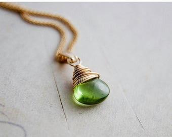 Summer Sale SALE, Peridot Necklace, Peridot Birthstone, August Birthstone, Gemstone Necklace Gold Jewelry, Peridot Pendant, Peridot jewelry,