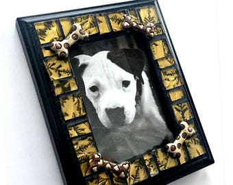 Dog Bone Mosaic Frame, Small Photo Frame, Glass Tile Mosaic Frame, Dog Lover Frame, Mini Mosaic Frame, Dog Bone Gold Black Mosaic Frame