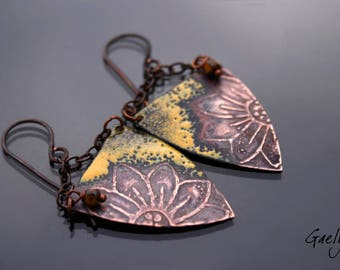 Flag - Daisy / yellow glazes - enameled copper earrings, chain - Style boho chic - bo Gaelys