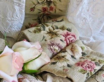 Vintage Shabby Chic Lovely Needle Point Bell Pull