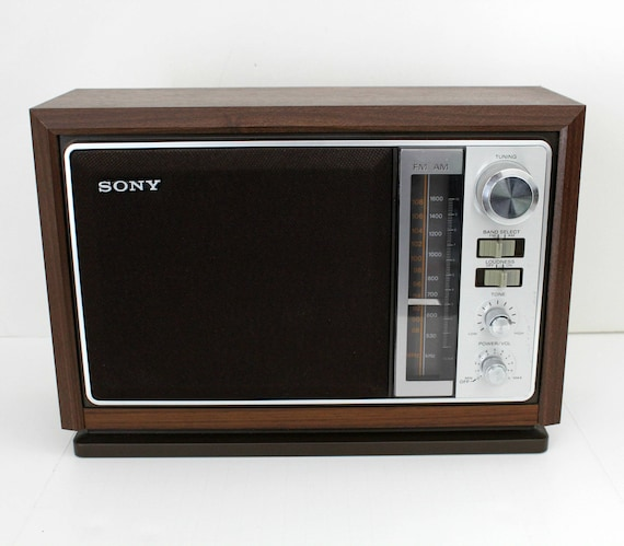 Vintage Sony AM/FM Table Radio ICF-9740W, Wood Grain Cabinet, Works Great