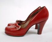 Vintage 1940s Shoes - Fabulous Cherry Red Leather Babydoll 40s Platform Pumps with Matching Shoe Clips and Chunky Heels Size 7 A
