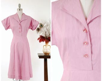 Vintage 1950s Dress - Lovely Lightweight Cotton Shirtwaist 50s Day Dress in Heathered Lilac and White with Rhinestone Buttons