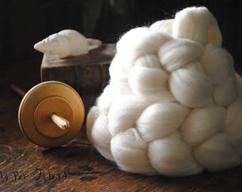 Domestic Targhee Undyed Combed Top Natural Wool Roving Spinning Felting fiber - 4 oz