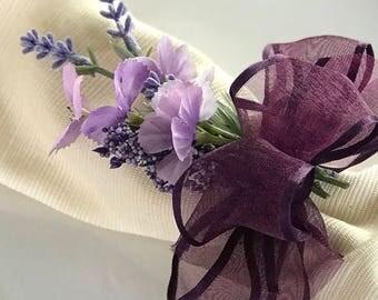 Napkin Ring - Purple flower bouquet - Wedding Decoration - Wedding Showers - Easter