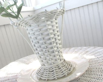 SALE * Vintage Basket * Florist * Funeral * White Whicker * Shabby Cottage Farmhouse