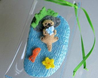 Otter miniature felt stuffed animal play set  with water play ground felt fish and felt starfish