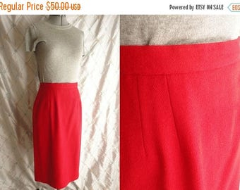 ON SALE 80s Skirt // Red Skirt // Vintage 1980s Red Wool Skirt by Briggs New York Size M