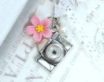 Camera Gift Camera Charm Necklace Photographer Gift Camera Jewelry Pink Daisy Necklace Photography Jewelry