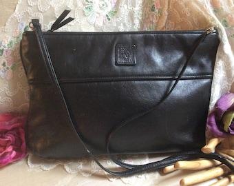 Vintage black leather Anne Klein clutch or shoulder bag, Anne Klein Calderon black leather envelope clutch purse, detach strap clutch bag