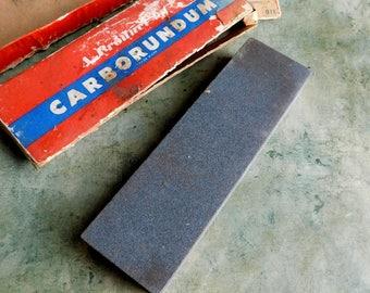 Vintage Knife Sharpening Stone CARBORUNDUM #110 7x2x1 inches - Combination Razor Hone Knife Hone - Razor Sharpener - Original Box - Unused