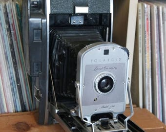 SALE 25% OFF Midcentury Polaroid Model 150 Land Camera