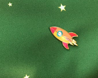 Retro Atomic Rocket Blast Off Lapel Pin - Gold