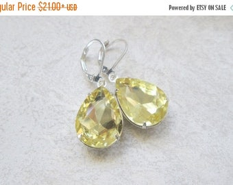 Memorial Day SALE Lemon Yellow Faceted Crystal Vintage Dangle Silver Earrings, Vintage Inspired
