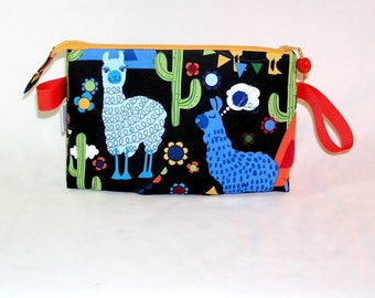 Molly Llama Tall Mia Bag
