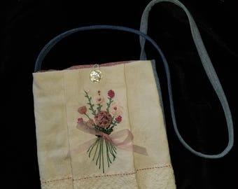 Purse, embellished with silk ribbon flowers