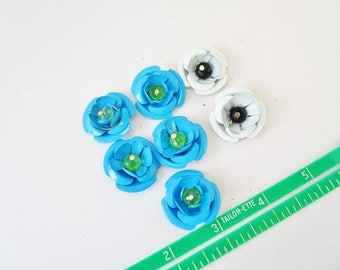 Vintage Enamel or Painted FLOWER  Lot of 5 Blue 2 White Color Supplies Ready For Crafting Jewelry Bouquet Necklaces Earrings