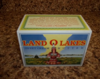 Tin Land O Lakes Butter Recipe Box With Dividers Inside