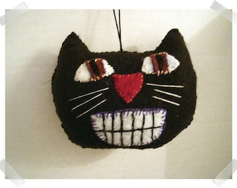 Black Felt Cat Ornament/Halloween/Handmade/Made to Order**