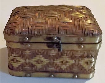 Wicker Jewelry Basket, Gold Trimmed, Treasure/Stationary Box, Recipe Box, Catch All Box, Vintage Collectible Box, Different, Distinctive Box