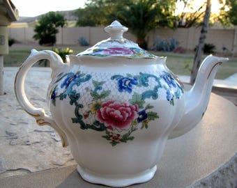 Vintage Royal Doulton Floradora GOLD TC 1127 Teapot with Lid MINT Condition