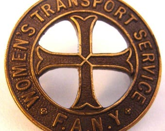 WOMAN'S TRANSPORT SERVICE World War 2 First Aid Nursing Yeomanry cap badge by Jr Gaunt