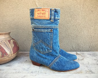 Vintage denim pocket boots blue jean iconic 80s fashion Town & Country Campers Size 6.5 to 7