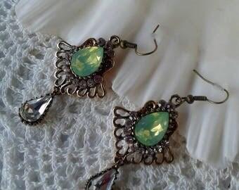 Vintage Victorian Rhinestone Earrings