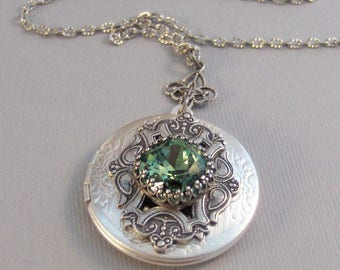 Peridot Star,Peridot Necklace,Green Locket,Green,Peridot,Peridot Locket,Princess Cut.August Birthstone,Peridot Birthstone.Valleygirldesigns.
