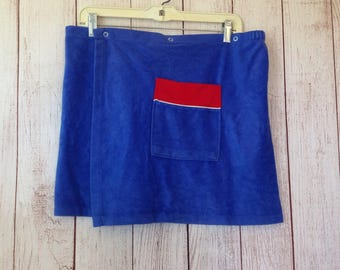 Vintage Mens 70s Blue One Size Fits All Button Closure Shower Towel