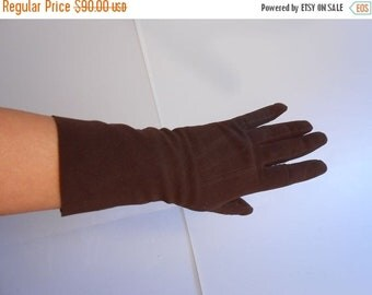 Anniversary Sale 35% Off Chocolate Mints - Vintage WW2 1940s Chocolate Brown Kislav Washable Leather Doeskin Gloves - 7 1/2