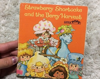 15% OFF Strawberry Shortcake and the Berry Harvest Little Pops Pop Up Book Vintage HTF 80s Kids Books